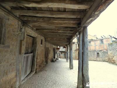 La Fuentona y el Sabinar de Calatañazor; pueblos con encanto;las mejores rutas de senderismo madrid